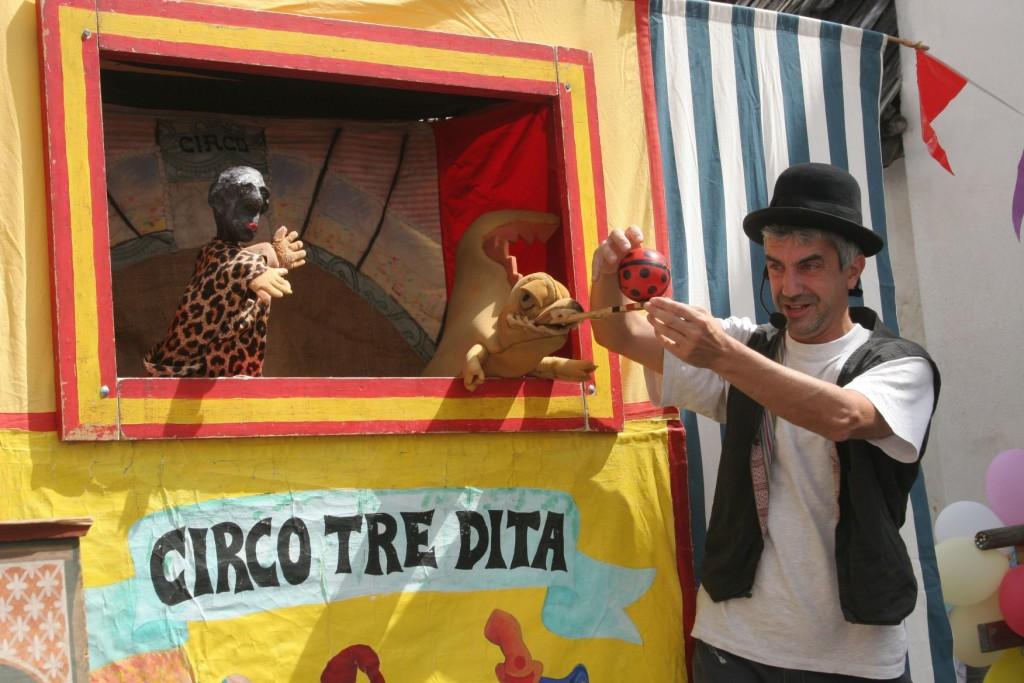 22_07-circo-tre-dita-3